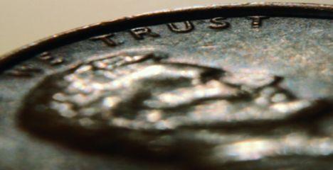 L'euro stable, le yen se reprend