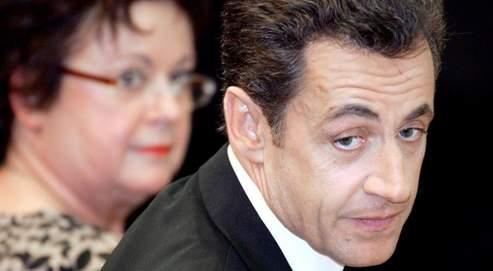 Nicolas Sarkozy veut aussi «doubler le nombre de bâtiments anciens rénovés chaque année, en commençant par les 800 000 logements HLM les plus dégradés».