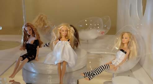 Avec son «Blablabla lounge» ou son boudoir à méditer, le 9-pièces à l'échelle 1/6 de Barbie revisite la maison de poupée. (Cité de l'architecture et du patrimoine)
