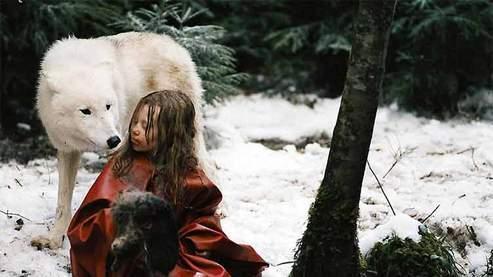 La jeune actrice belge Mathilde Goffart incarne Misha Defonseca à l'écran. (Bac Films)