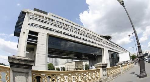Le déficit budgétaire de l'Hexagone, qui s'élève à 38,4 milliards d'euros à la fin 2007, représente 2,1 % du PIB.