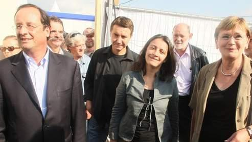 François Hollande (PS), Olivier Besancenot (LCR), Cécile Duflot (Verts) et Marie-George Buffet (PC), lors de la dernière Fête de l'Humanité. Crédits photo : Guillot /AFP