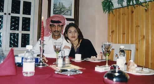 Depuis la mort de son mari, Youssouf al-Oudily (à gauche), Rose Bocus se bat avec l'énergie du désespoir contre «des lois bafouant les droits de la femme».