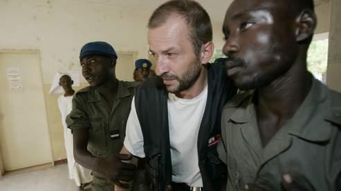 Eric Breteau lors de son procès au Tchad. (AP)
