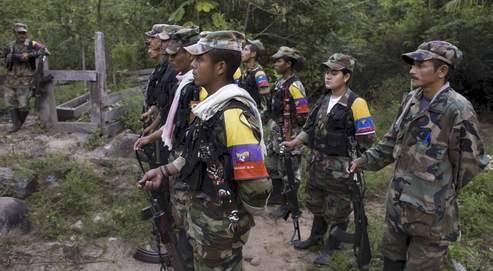 En Colombie, le président Alvaro Uribe avait fait sa priorité de l'écrasement des Farc et de la restauration de l'autorité de l'État sur un territoire grand comme deux fois la France. Il est en passe de réussir.