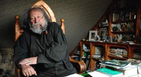 Pierre Dubois est le seul « elficologue » français de réputation internationale.
