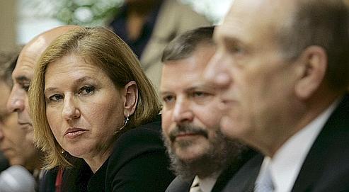 Ancien agent du Mossad, Tzipi Livni, 49 ans, estime qu'Israël doit céder des territoires aux Palestiniens pour survivre.