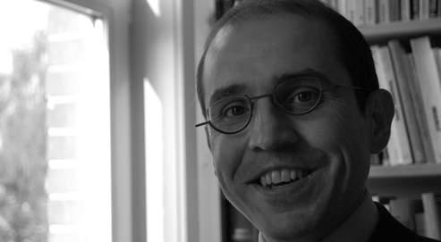 «Si l'on excepte la langue, la Belgique est un miroir inversé de la France», analysePascal Delwit.
