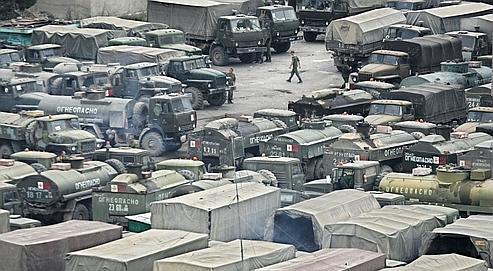 Des troupes russes stationnées à Tskhinvali, capitale de la république séparatiste d'Ossétie du Sud. La route entre cette ville et Tbilissi, la capitale géorgienne, était bloquée mercredi.