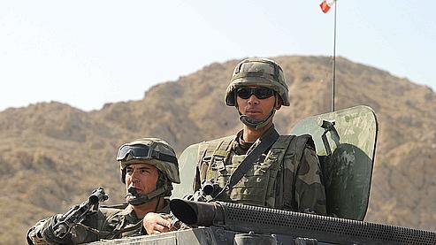 Fin août, des soldats français de l'Otan patrouillent près de Sarobi, à l'est de Kaboul.