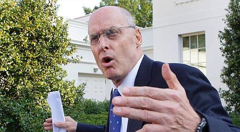Nommé à son poste par George Bush en 2006, après avoir dirigé Goldman Sachs, Henry Paulson reste peu habile en matière de communication: il a parfois la franchise voire la brutalité du fonceur au sang chaud.