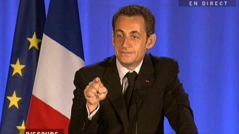Sarkozy annonce 300.000 contrats aidés pour 2009