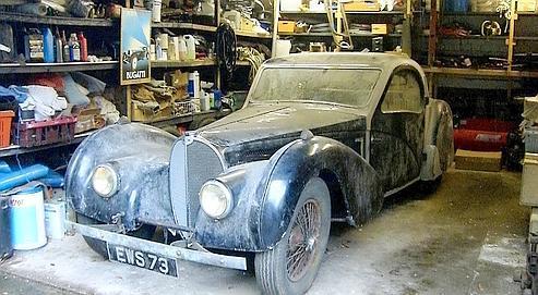 Une Bugatti sortie de la grange
