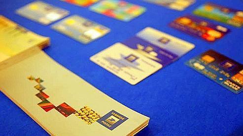 Pour le profil «petit consommateur», la facture annuelle moyenne s'élève à 73,14 euros s'il paie les services à l'unité mais grimpe à 111,62 euros, s'il souscrit à un package. (Photo Bouchon/ Le Figaro)