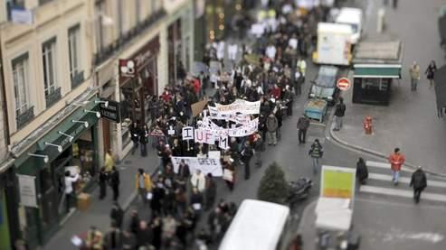 Entre 17.000 et 33.000 personnes ont défilé jeudi après-midi. Bien moins que lors des précédentes manifestations... Crédit photo : AFP.