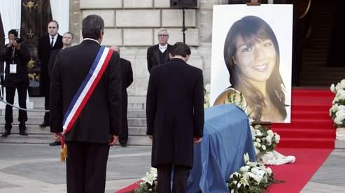 6.000 personnes rendent hommage à Cécile, tuée en Egypte