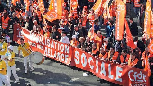 A 16h, la CGT indiquait la mobilisation de 1,6 million de personnes à travers toute la France, contre 1,5 million de personnes lors de la précedente manifestation.