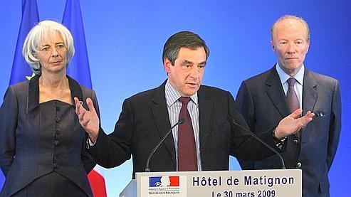 «La France est la première place financière importante en Europe» à se doter d'un tel texte, a souligné François Fillon en présentant le décret.