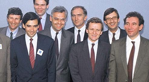 Philippe de Villiers, François Fillon, Michel Noir, François d'Aubert, Charles Millon, Alain Carignon, Bernard Bosson et Francois Bayrou, lors de la convention des rénovateurs RPR et UDF, le 26 juin 1989 à Lyon.