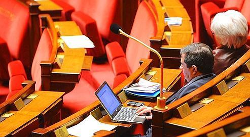 À l'Assemblée, le mandat unique ne fait pas recette
