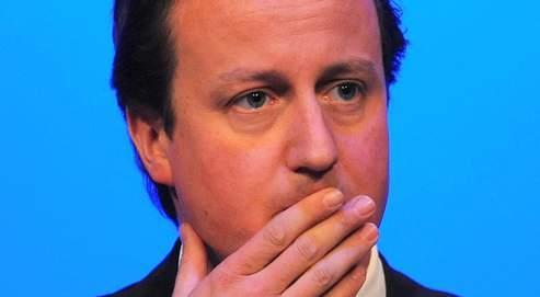 Le leader conservateur, David Cameron (ici lors d'un déplacement lundi à Harrogate) est pour l'instant épargné par le scandale mais de nombreux élus tories sont impliqués.