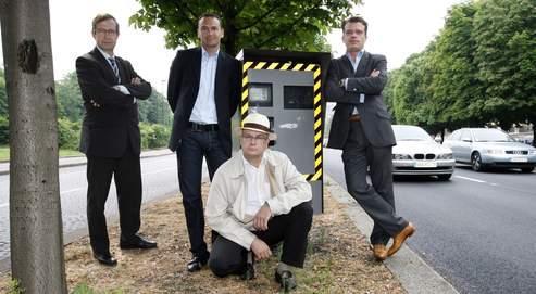 De gauche à droite, les avocats Éric de Caumont, Sébastien Dufour, Frank Samson et Jean-Baptiste Iosca sont des pionniers en matière de droit de la circulation routière.