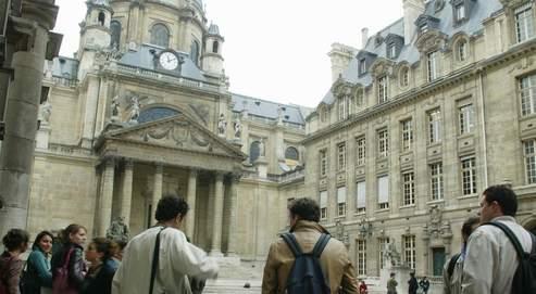 La cour intérieure de la Sorbonne.