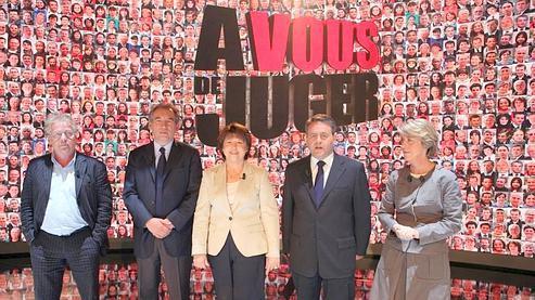 Insultes sur un plateau télé entre Cohn-Bendit et Bayrou