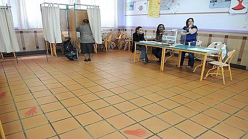 Un bureau de vote à Toulouse, le 7 juin 2009.