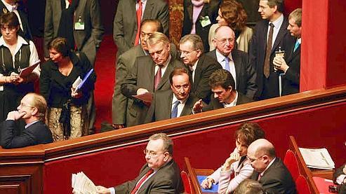 Les socialistes (ici François Hollande et Jean-Marc Ayrault, au centre) avaient participé au dernier Congrès de Versailles, en juillet 2008, lors de la révision de la Constitution qui permet désormais à Nicolas Sarkozy de s'exprimer directement devant le Parlement. (Paul Delort / Le Figaro)