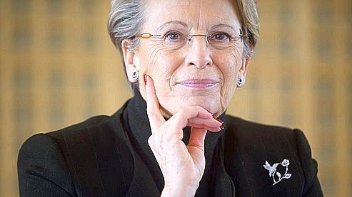 Michèle Alliot-Marie, ministre d'Etat, une des quatre femmes ministres toujours au gouvernement (AFP Photo / Martin Bureau).