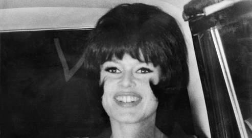 Brigitte Bardot sur le tournage du Mépris de Jean-Luc Godar, en avril 1963.