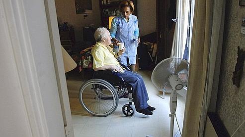 La prise en charge des personnes âgées dépendantes représente environ 19 milliards d'euros chaque année.
