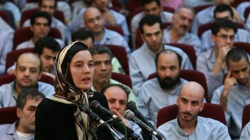 Clotilde Reiss, lors de sa comparution devant un tribunal de Téhéran samedi.