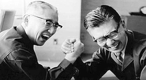 Masaru Ibukaet Akyo Moritaont fondé en 1946 la Tokyo Tsushin Kogyo (TTK)qui deviendraSony.