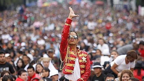 Mexico : 12.937 fans pour l'anniversaire de Jackson