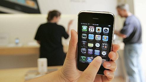 L'iPhone 3GS n'a aucun problème de batterie, selon Apple (photo Paul Sakuma/AP)