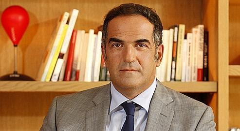 Christopher Baldelli, dans son bureau, à Paris. « La marge brute de RTL est de 10%. Nous devons la relever en faisant un meilleur usage de nos moyens », explique le président du directoire de la radio.