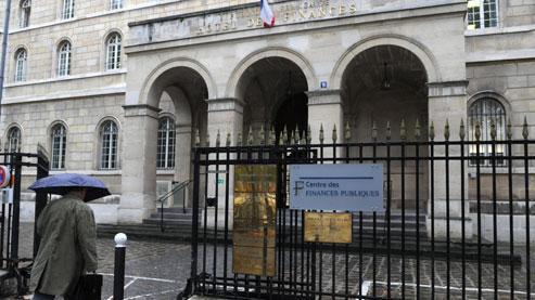 Place Saint-Sulpice, à Paris. C'est dans ce centre des impôts que sont reçus, sur rendez-vous, les contribuables soucieux de régulariser leur situation tout en préservant, dans un premier temps, leur anonymat.