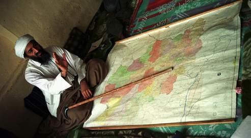 Oussama Ben Laden en avril 1998, en Afghanistan.