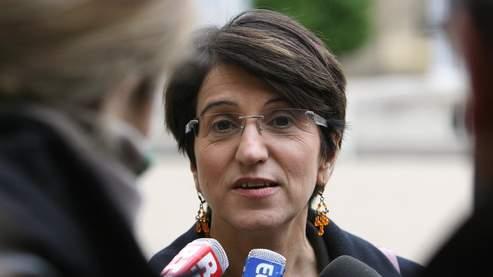 Dominique Versini, défenseure des enfants, dénonce la suppression de sa fonction.
