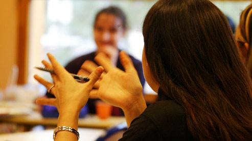 L'enseignement de la langue et de la littérature est d'ailleurs un de ceux qui suscitent le moins chez les élèves «l'envie de découvrir et d'apprendre», selon une enquête de la Sofres datant de 2003.