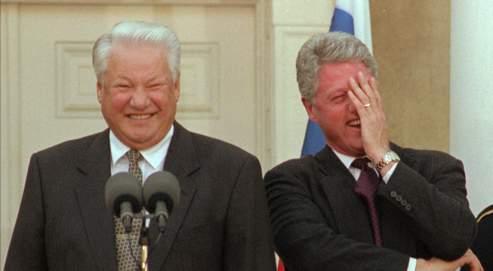 Bill Clinton avec le président russe Boris Eltsine en octobre 1995.