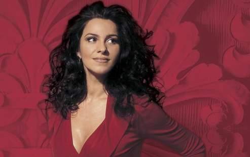 Angela Gheorgiu (Sasha Gusov/EMI Classics)