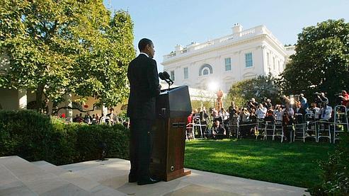 Barack Obama a reconnu qu'il acceptait le Nobel de la paix tout en étant commandant en chef d'un pays engagé dans des guerres en Irak et en Afghanistan.