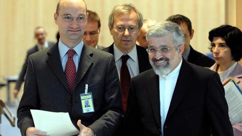 L'Iran isole la France et préserve son projet nucléaire