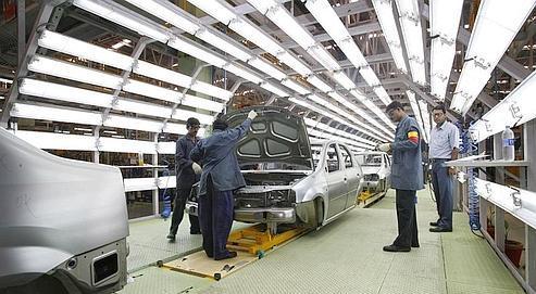 Chaîne de montagede la Logan,à Nashik (Inde).Le groupe au losange s'est associéau constructeurindien Mahindrapour la fabricationde sa voiture low-cost.