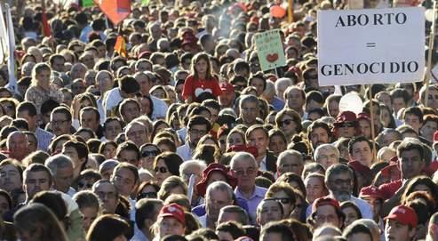 À Madrid, près de 300.000 personnes ont défilé le 17 octobre pour dénoncer l'IVG.