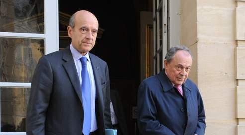 Alain Juppé et Michel Rocard à Matignon, le 28 octobre dernier.