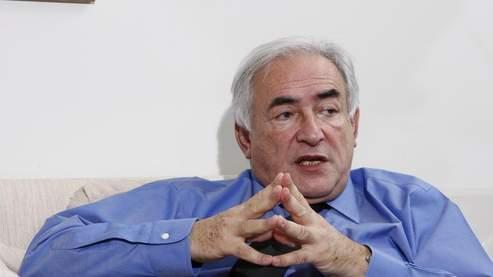 Dominique Strauss-Kahn, mardi, dans son bureau parisien. (Bouchon/Le Figaro)